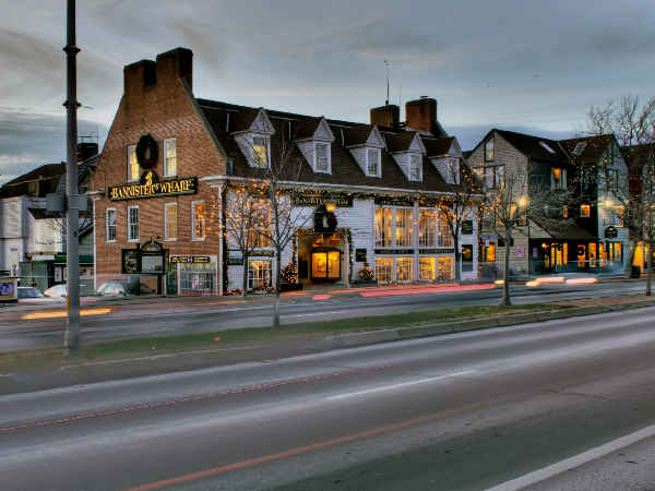 picture of buildings on the street in Newport Rhode Island